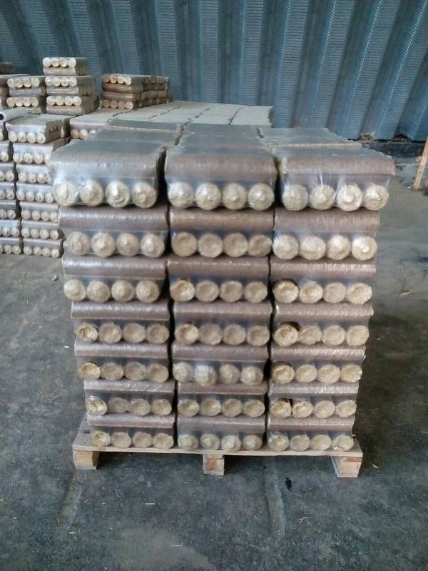 Топливные брикеты Nestro из соломы злаковых