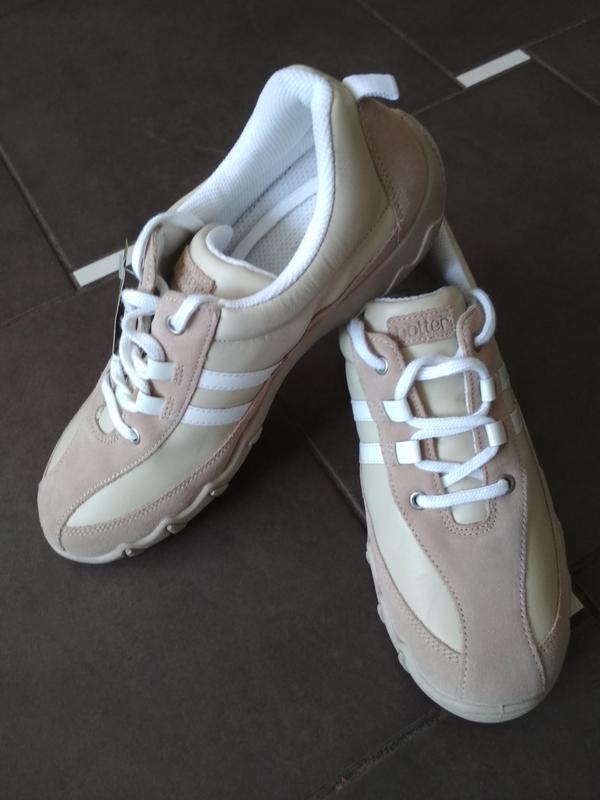 Кросівки hotter