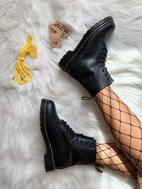 Шикарные женские ботинки dr. martens 1460 black - Фото 2