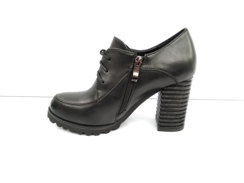 Черные туфли на каблуке, чорні туфлі на каблуку 38р-24,5 см - Фото 2