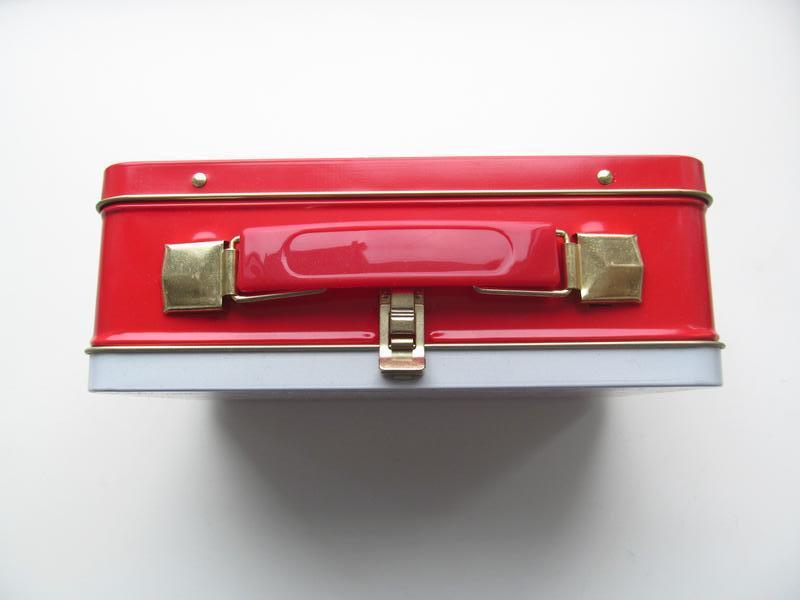 Подарочный чемоданчик/кейс от Ив Роше