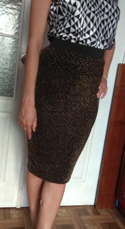 Крутая юбка удлиненная с бисером и люрексом