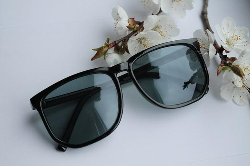 Новые модные очки, черные
