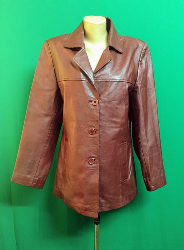 Демисезонная кожаная куртка joi