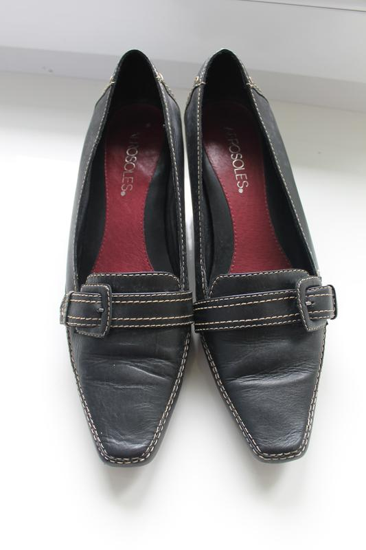 Туфлі aerosoles