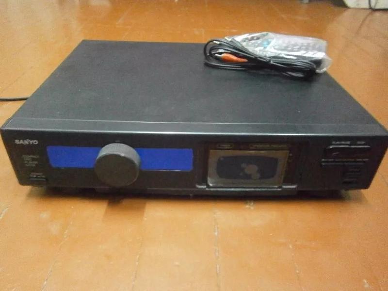 Усилитель 4х125Вт Hi-Fi