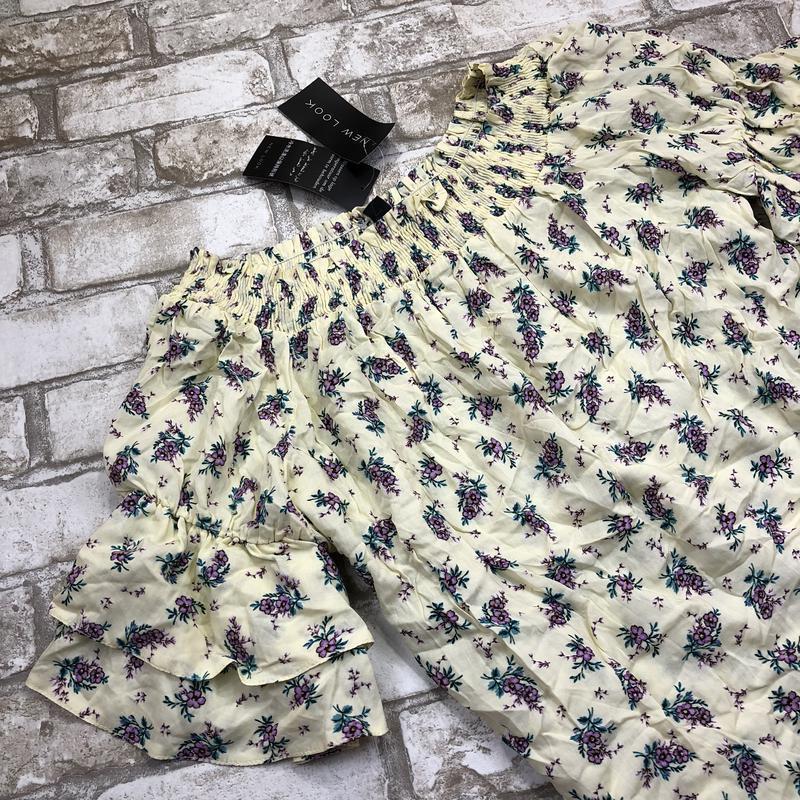 -70%! воздушная стильная блуза в цветах с оборками и открытыми... - Фото 4