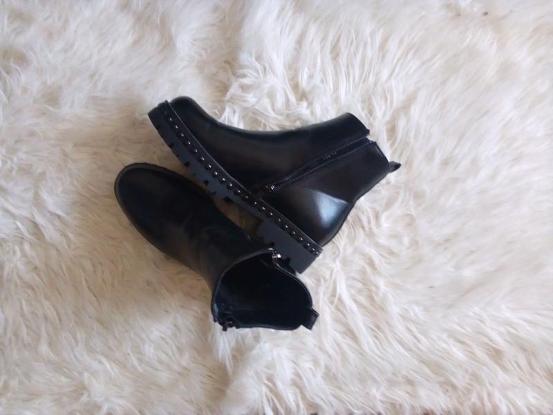 Ботинки осень зима.