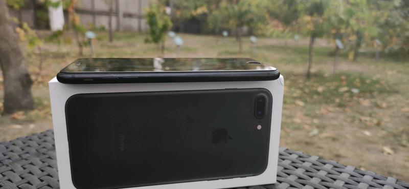 Iphone 7 plus 128 gb Стан як новий - Фото 4