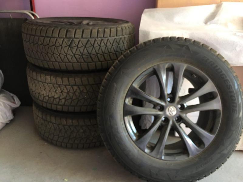 Колеса Bridgestone Blizzak DM-V2 265/60 R18 110R