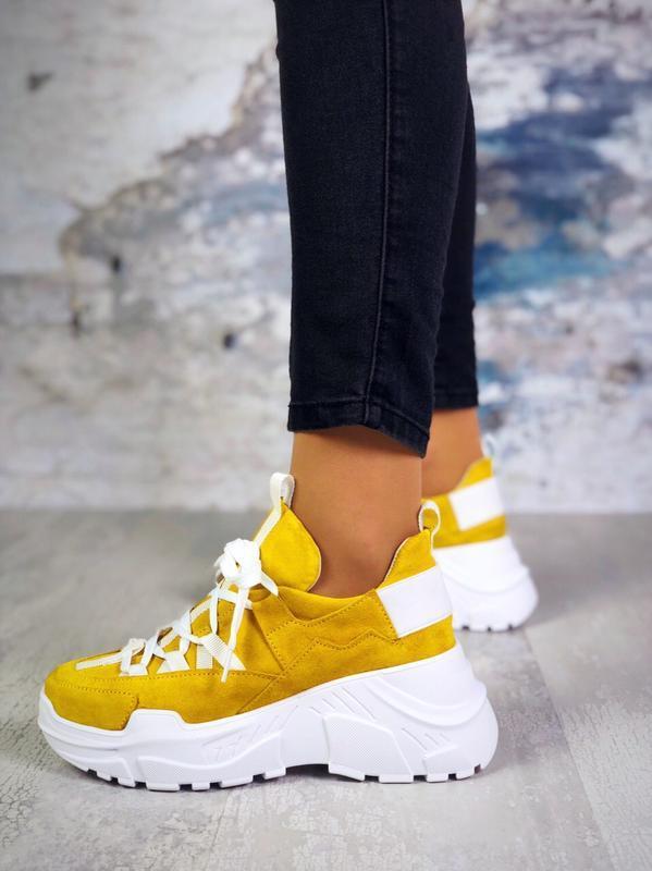 Р-р 36-40 яркие замшевые кроссовки на массивной подошве