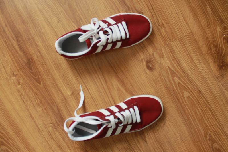 Превосходные мужские легкие кеды бордового цвета adidas - Фото 3