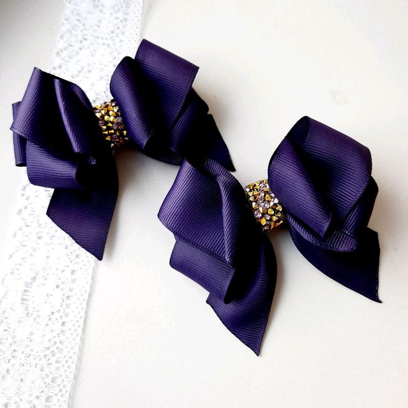 Фиолетовые бантики