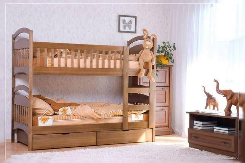 С ящиками и матрасами двухъярусная кровать Карина.