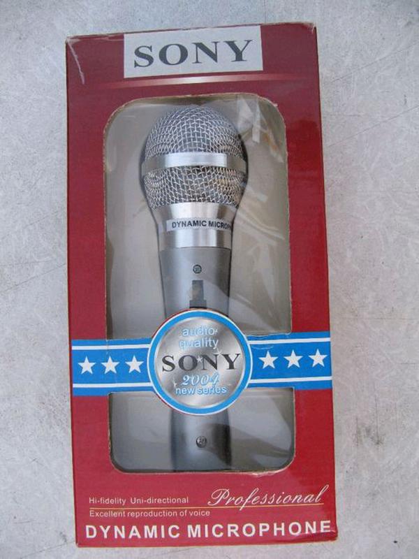 Микрофон динамический Sony, новый, для караоке с выключателем