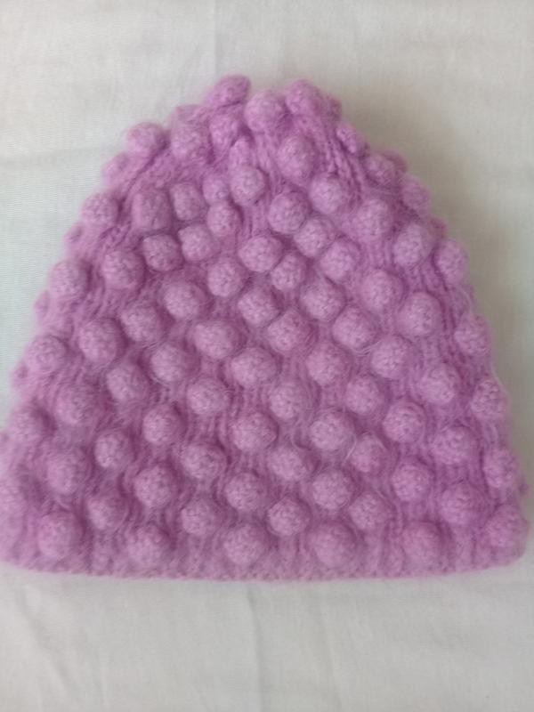 Очень теплая вязаная шапка