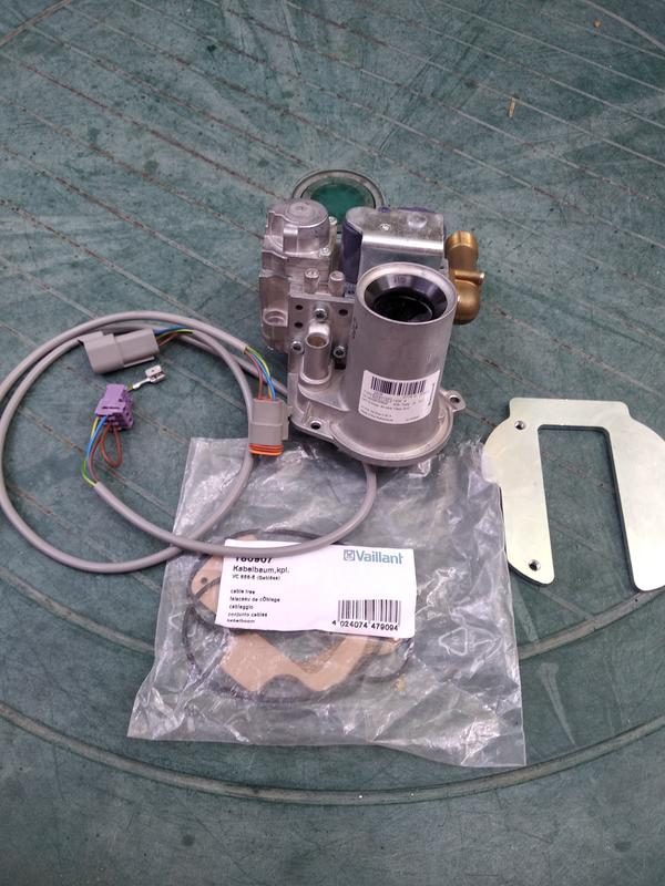 Газовый автомат для конденсационного котла Vaillant