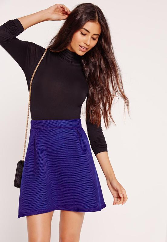Ярко-синяя юбка с перфорацией из премиум коллекции missguided ...