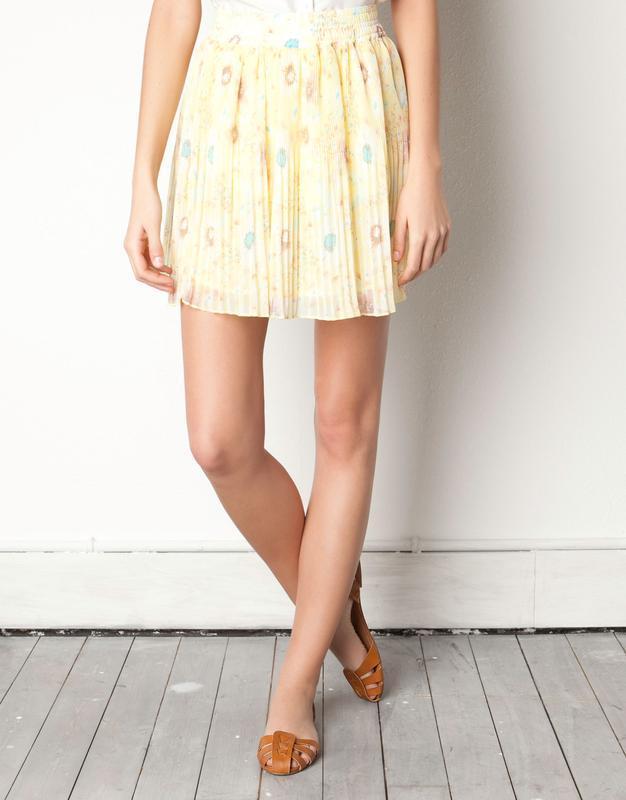 Воздушная нежно-желтая юбка с цветочным принтом pull&bear юбка... - Фото 7