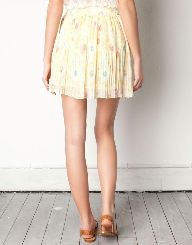 Воздушная нежно-желтая юбка с цветочным принтом pull&bear юбка... - Фото 9