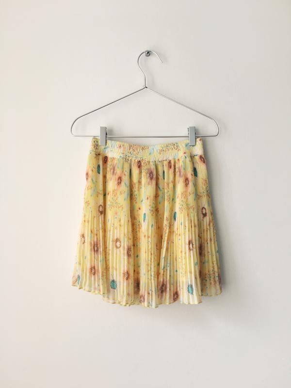 Воздушная нежно-желтая юбка с цветочным принтом pull&bear юбка...