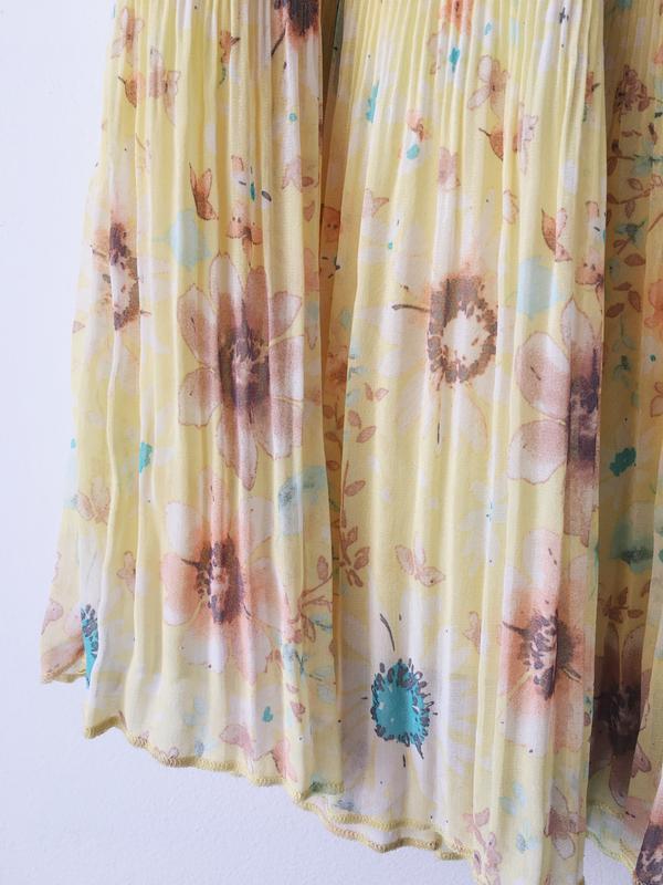 Воздушная нежно-желтая юбка с цветочным принтом pull&bear юбка... - Фото 4