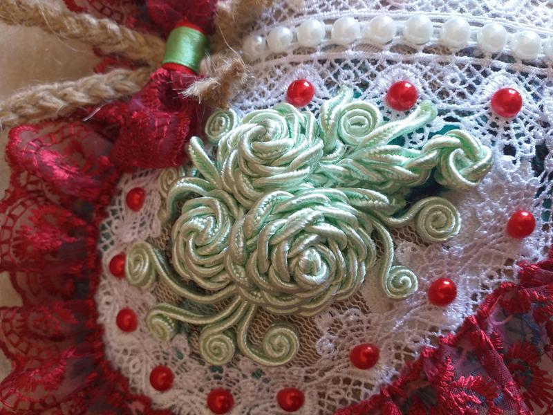 Декоративна подушка-серце авторська робота - Фото 3