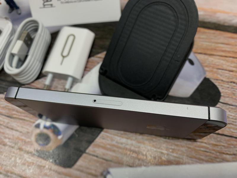 Apple iPhone SE 32gb Space Gray NEVERLOCK комплект,гарантия. - Фото 6