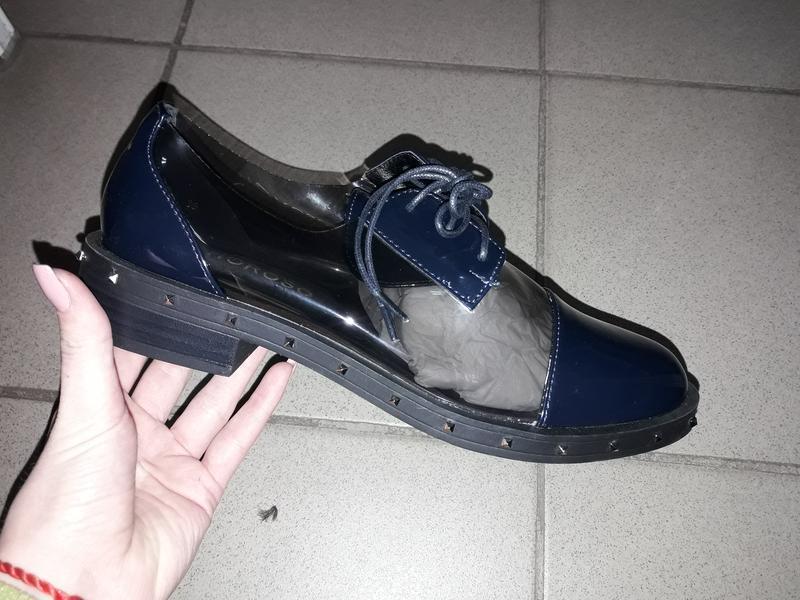Туфли на шнуровке лоферы полуботинки