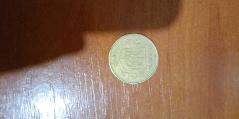 Продам монету  писать в инстаграм ник mem_2020_1