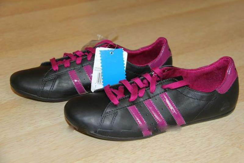 Кроссовки Adidas. Оригинал, из натуральной кожи, 41 р. Комфорт...