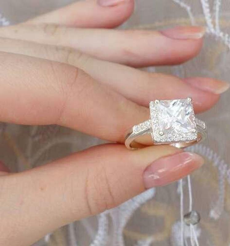 Кольцо квадратное с камнем - Фото 2