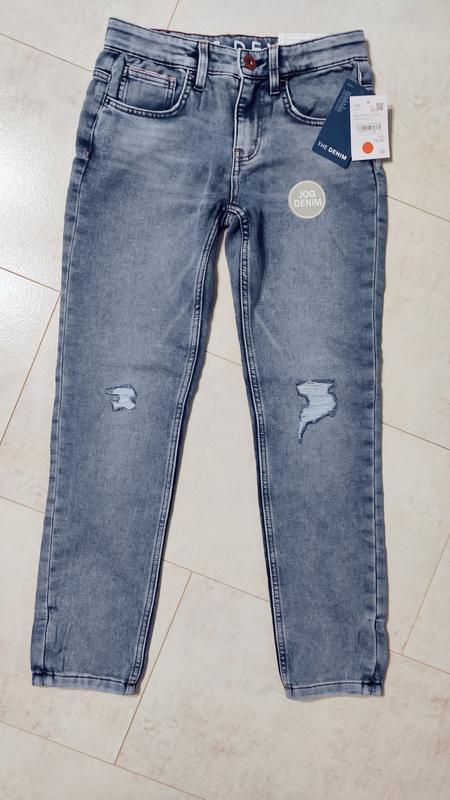 Классные джинсы на мальчика с потёртостями