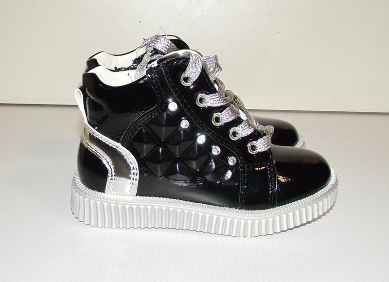 Ботинки для девочек черные c серебром clibee румыния