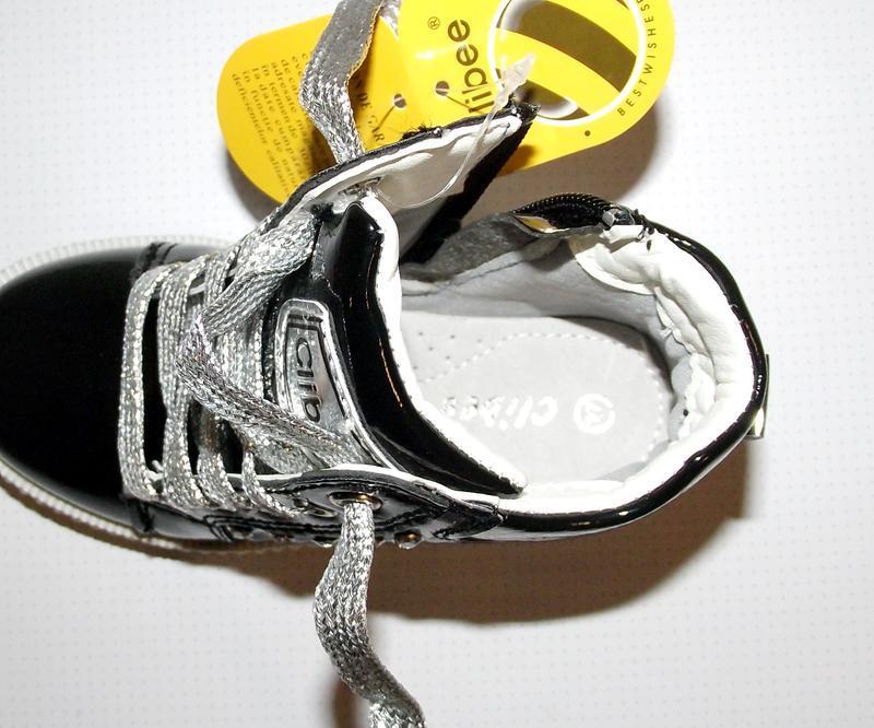 Ботинки для девочек черные c серебром clibee румыния - Фото 5
