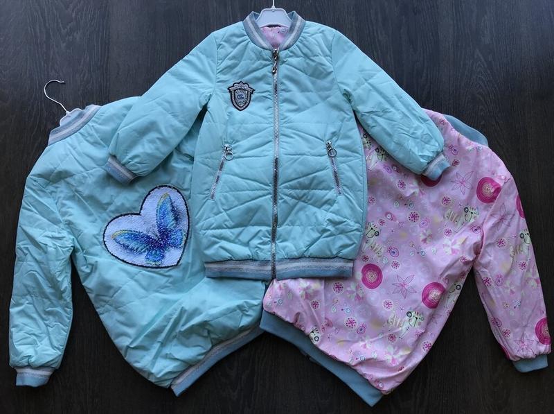 Стильная двухсторонняя удлиненная курточка на девочку - Фото 3
