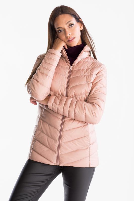 Легкая куртка пуховик c&a