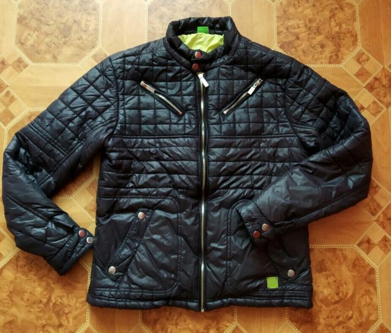 Демисезонная мужская куртка 46й