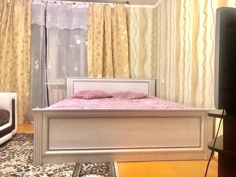 1 ком. квартира посуточно, эконом вариант ,без комиссии