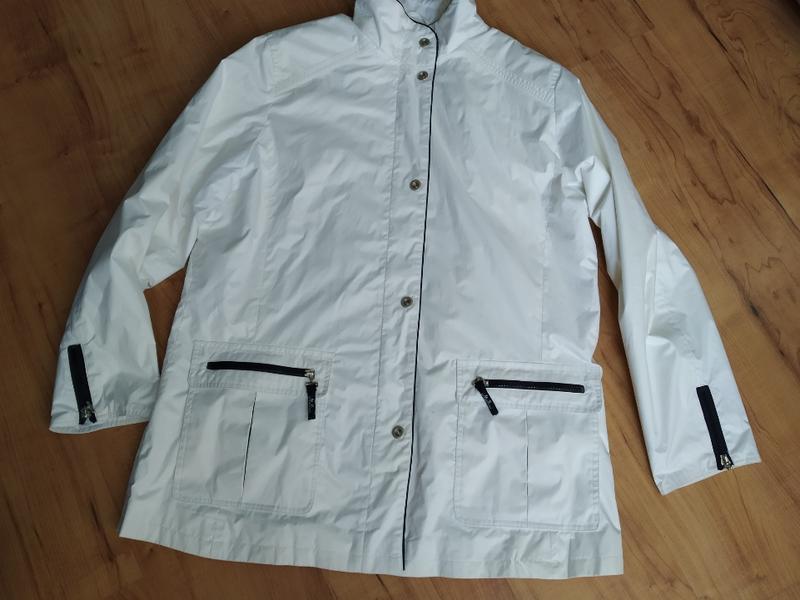 Демисезонная курточка, ветровка л-ка