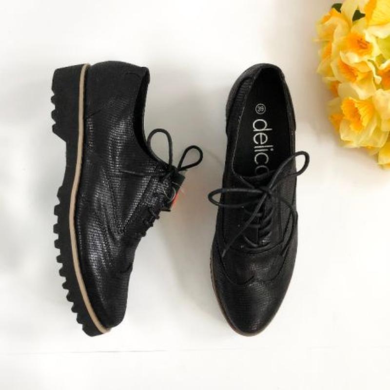 Стильные новые туфли Оксфорд
