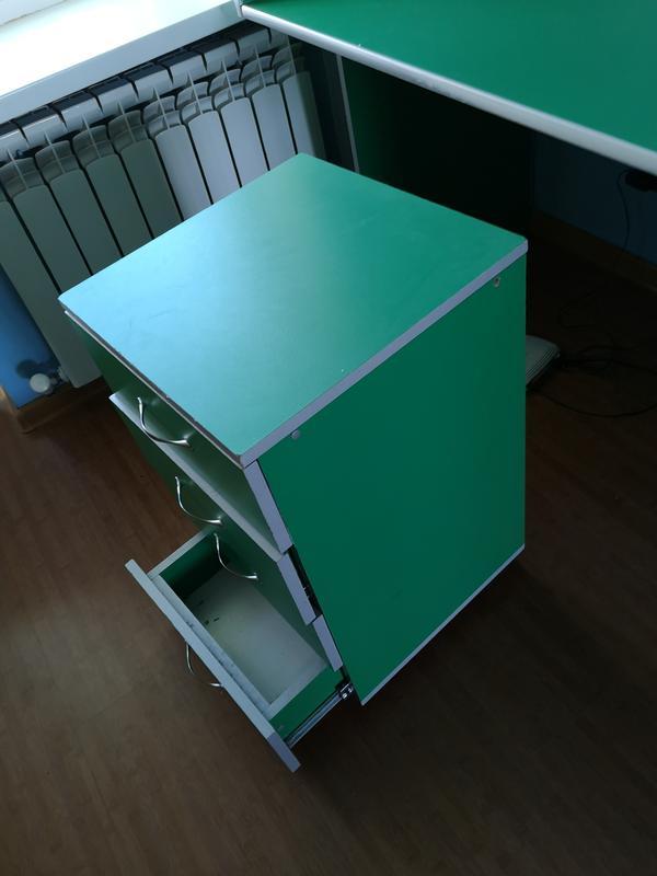 Письменный стол + тумбочка + кресло - Фото 4