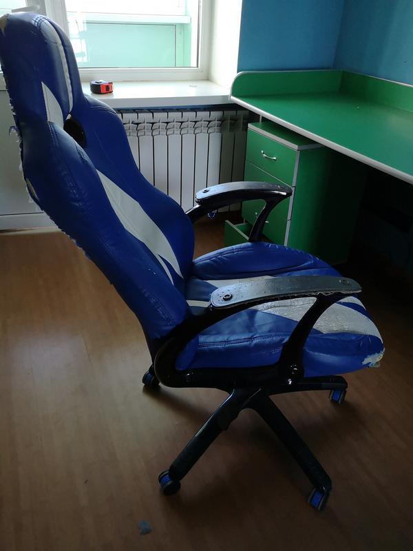 Письменный стол + тумбочка + кресло - Фото 7