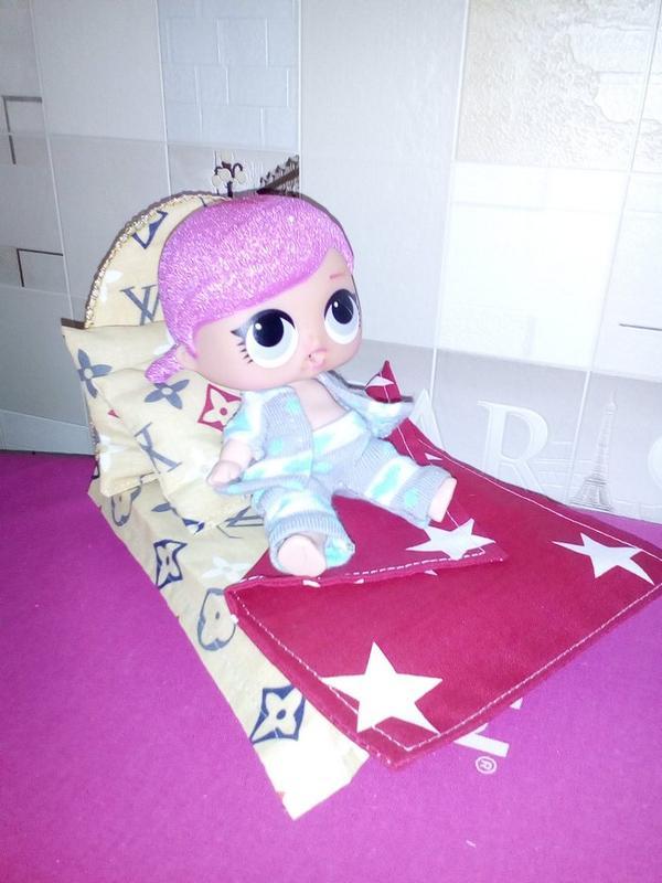 Кровать и постель для кукол Лол. Мебель для кукольного домика. - Фото 3