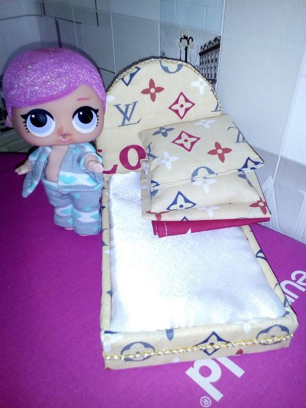 Кровать и постель для кукол Лол. Мебель для кукольного домика. - Фото 4