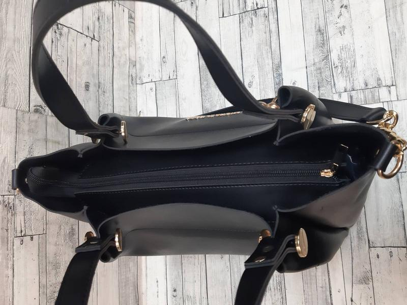 Женская сумка  из эко-кожи  стильная сумочка. черная - Фото 2