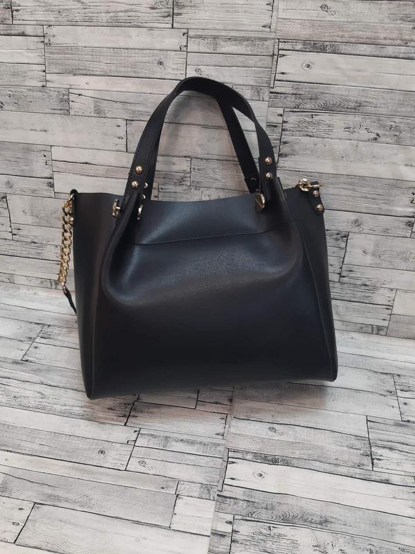 Женская сумка  из эко-кожи  стильная сумочка. черная - Фото 4
