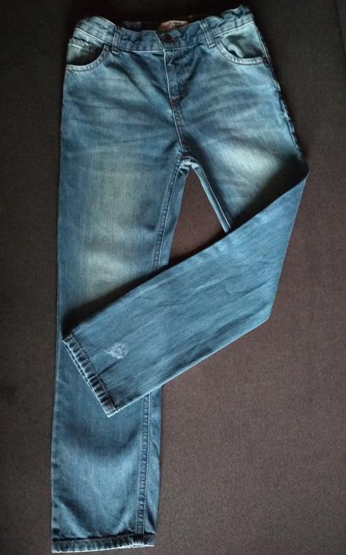 Джинсы для девочки. вайкики. прямые джинсы. резинка . крутые д...