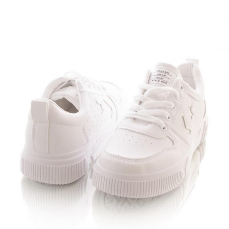 Белые кроссовки на шнуровке - Фото 2