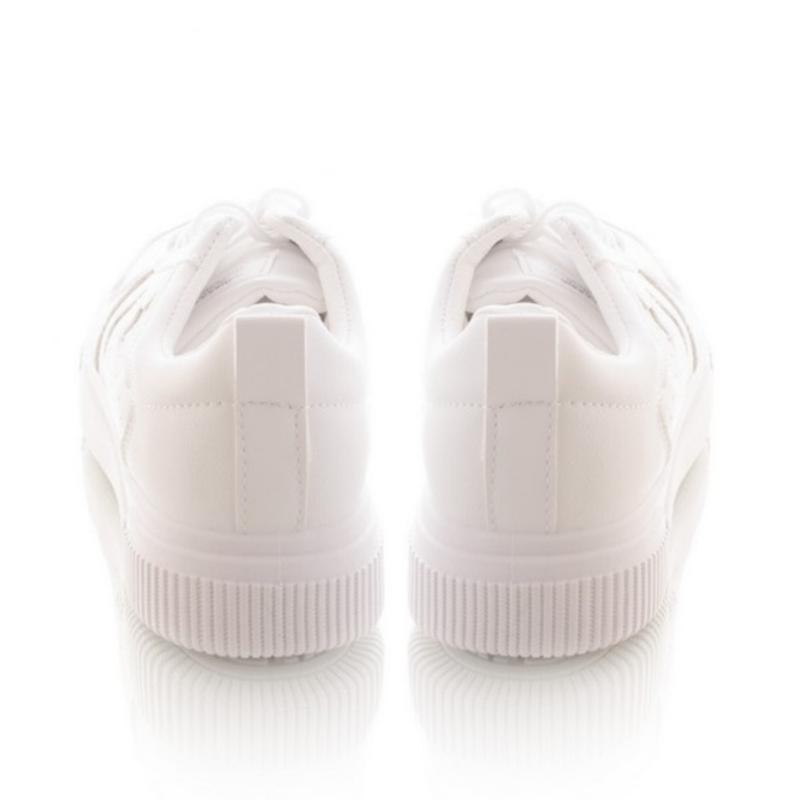 Белые кроссовки на шнуровке - Фото 3